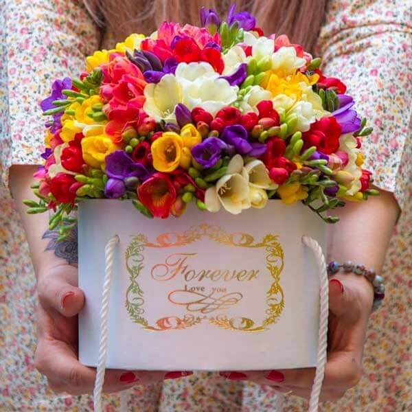 باکس گل فرزیا رنگارنگ