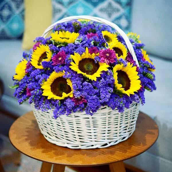 سبد گل آفتابگردان و لیمونیوم