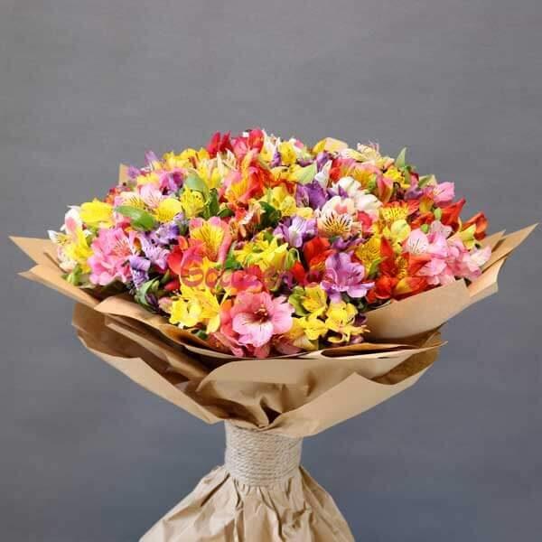 دسته-گل-رنگارنگ-آلسترومریا-بزرگ